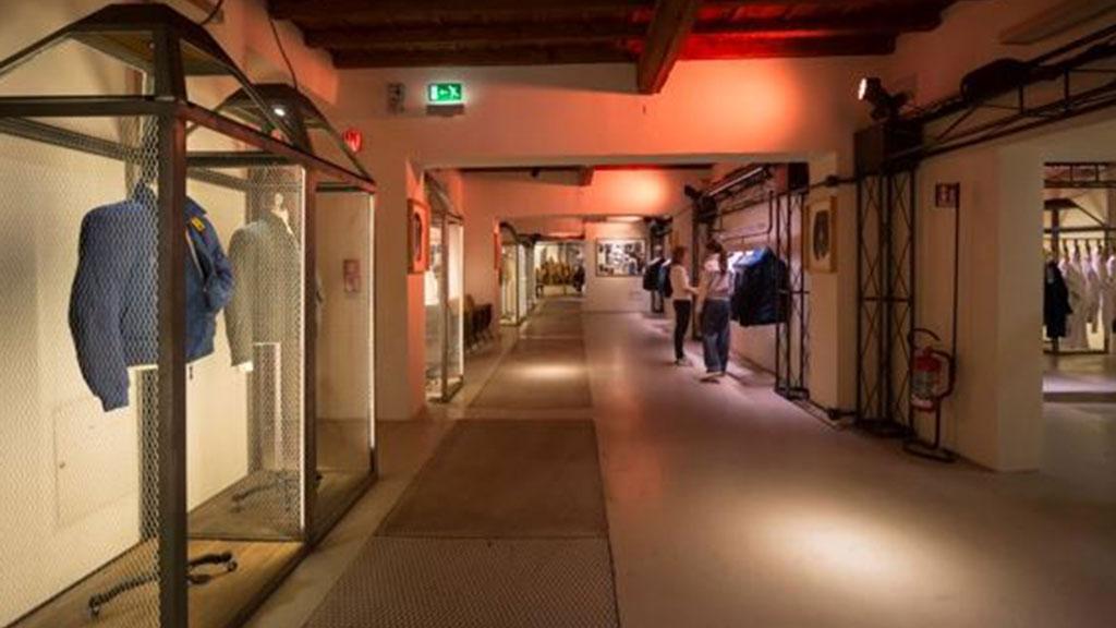 Soffitti Alti Illuminazione : Illuminazione per negozi e sistemi led professionali
